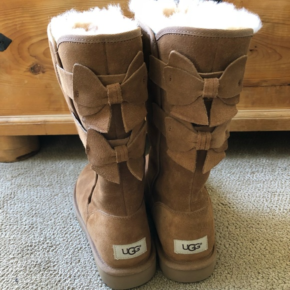 1b4cc9250ae UGG Allegra Double Bailey Bows Chestnut Suede